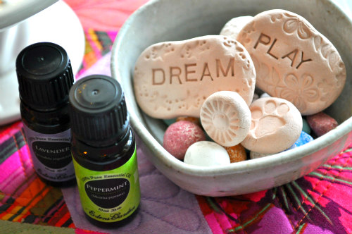 Inspiring clay words are lightly sprinkled with soothing lavender and refreshing peppermint essential oils.