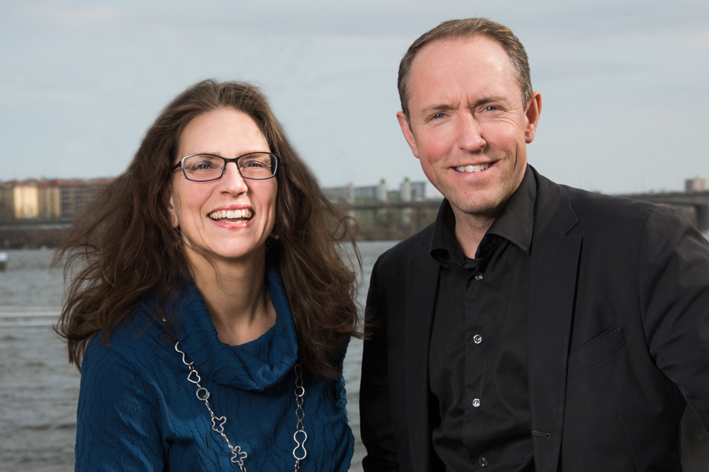 Anna Linusson, CEO at Svenskt Vatten AB, and Mattias Klum. Photo: Elisabeth Ohlson Wallin