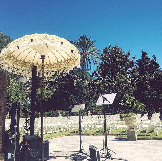 Yesterday's set up at a beautiful wedding in the Convent garden 🎶 🎸 ☀️ 🌺 #mccosquiwedding #livemusic #singersongwriter #Gibraltar #convent #visitgibraltar #bosel1 #pergola #weddinggig #sunshine #gardens #bossrc30 #sunshine #blueskies #weddingmusic #setup #shade #umbrella #governor #gibraltarweddings