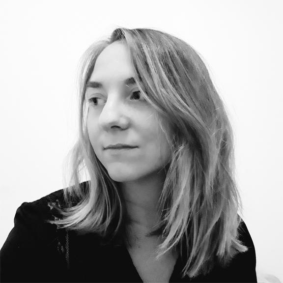 juliette-de-bastard-portrait.jpg
