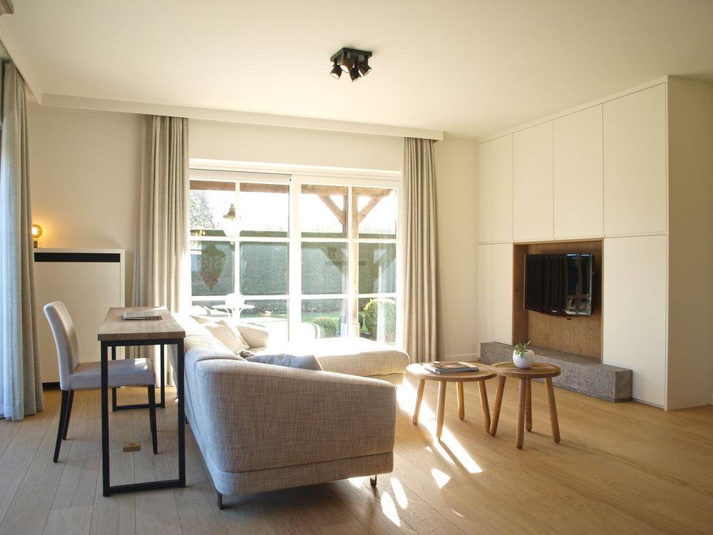 Modern Strak Interieur : Sloophouten vloer zeer strak gelegd mooie rustieke. modern landelijk