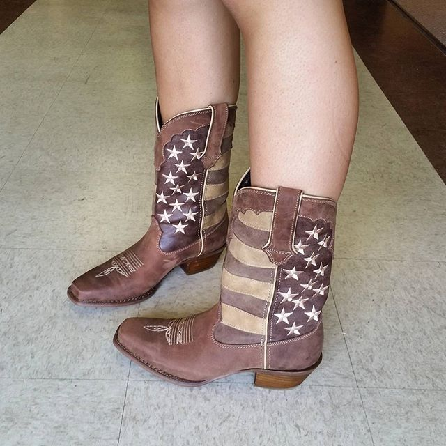 Baylee is in love with our new boots from Durango. #deyongsboots #cowgirlboots #starsandstripes #patriotic #durangoboots #USA #westernboots #westernstyle @a_ba3_ba3