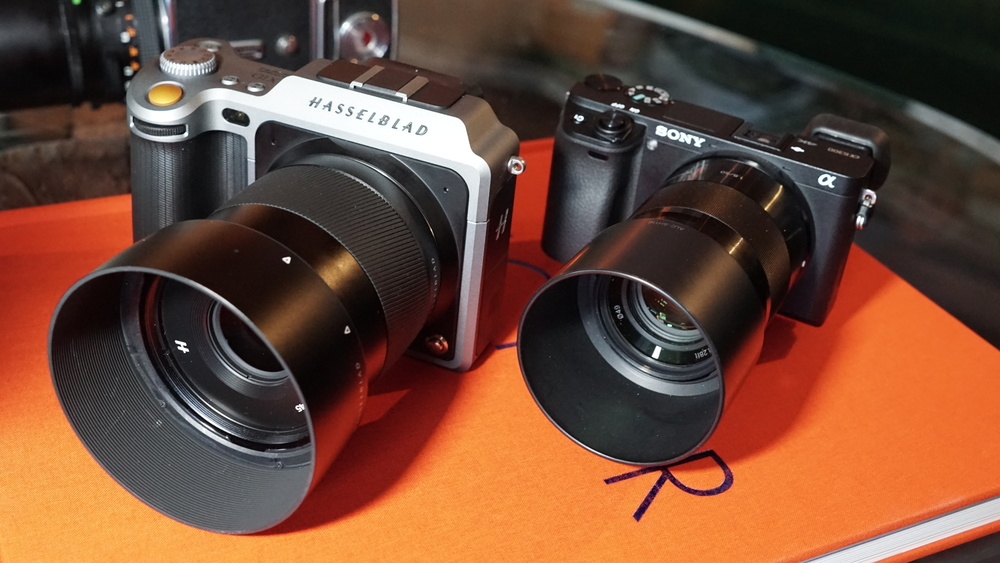 The X1D is surprisingly close in size to Sony's a6300.