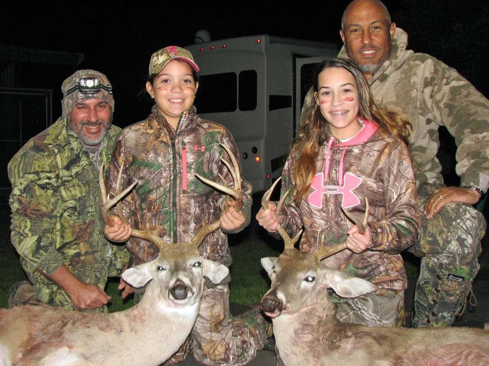 Successful youth hunt - Congrats Reese & Raegan!
