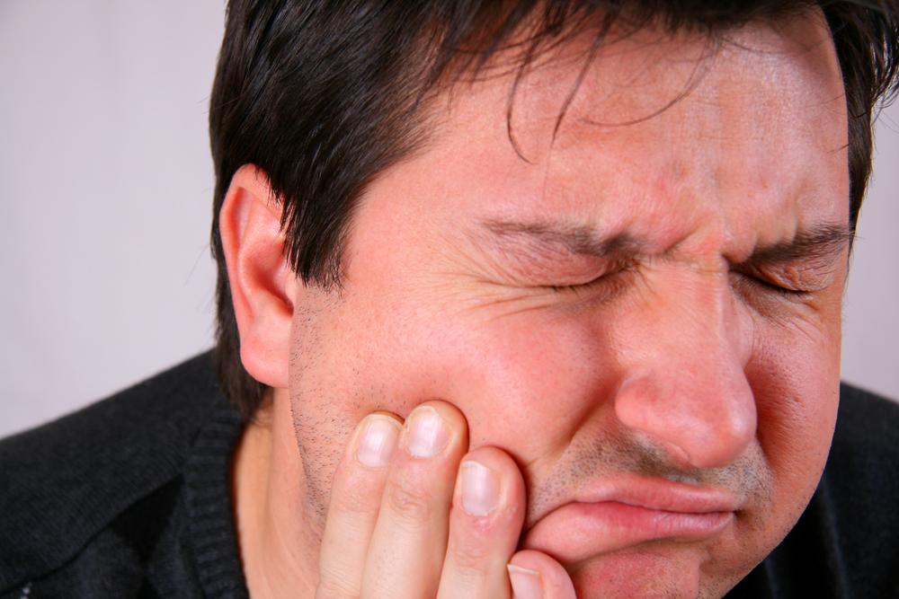 Toothache-Man.jpg
