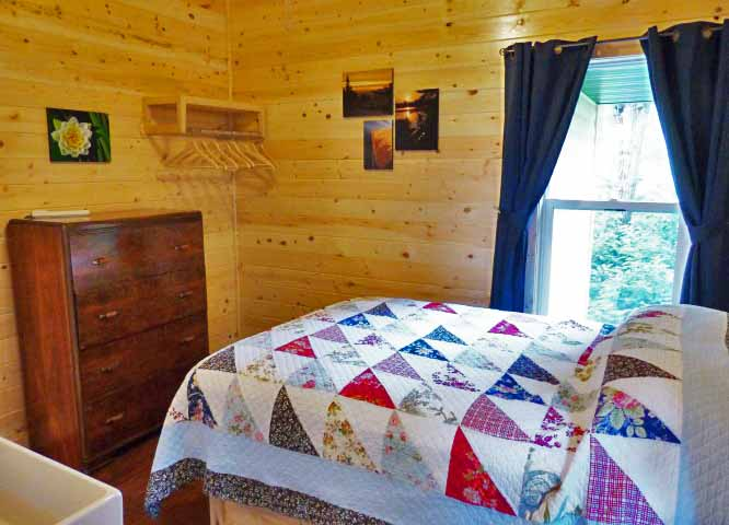 Cabin 25 Bedroom 1 EDIT SM.jpg