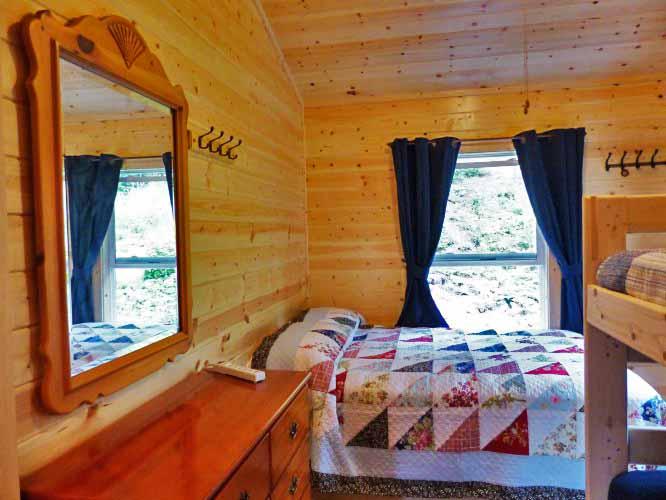 Cabin 25 Bedroom 3 EDIT SM.jpg