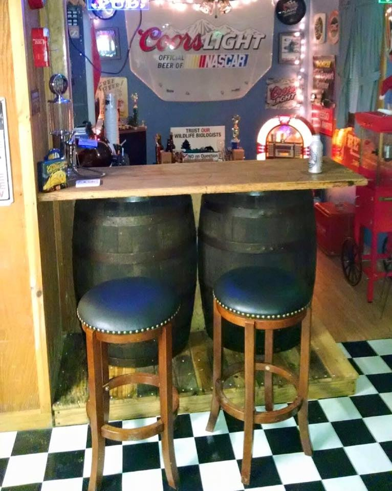 Custom Barrel bar