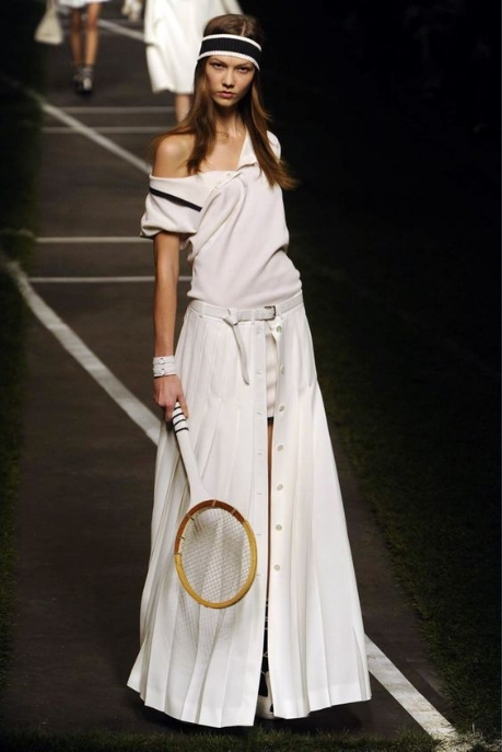 Image taken from Hermes RTW 2003