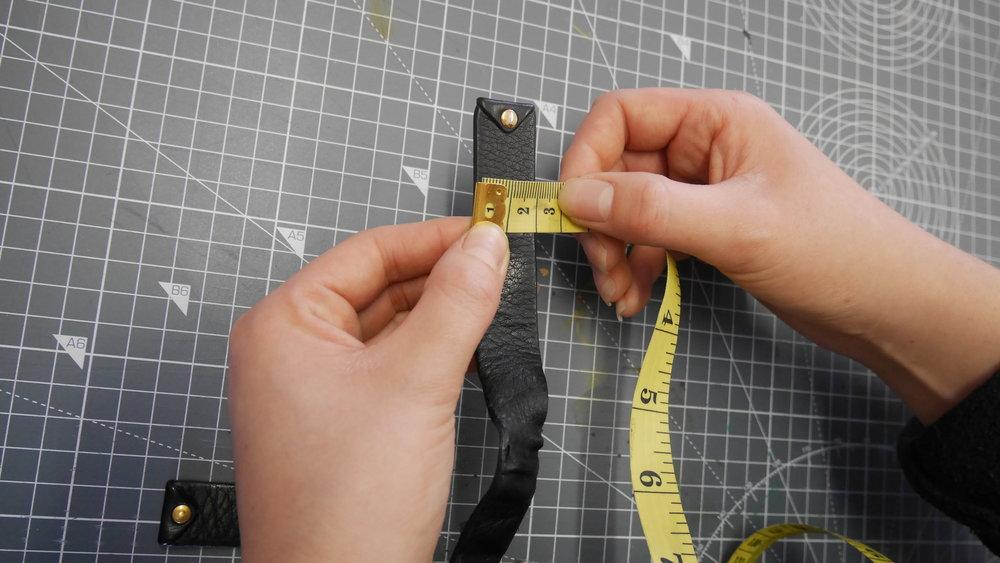 Measuring the original tassel