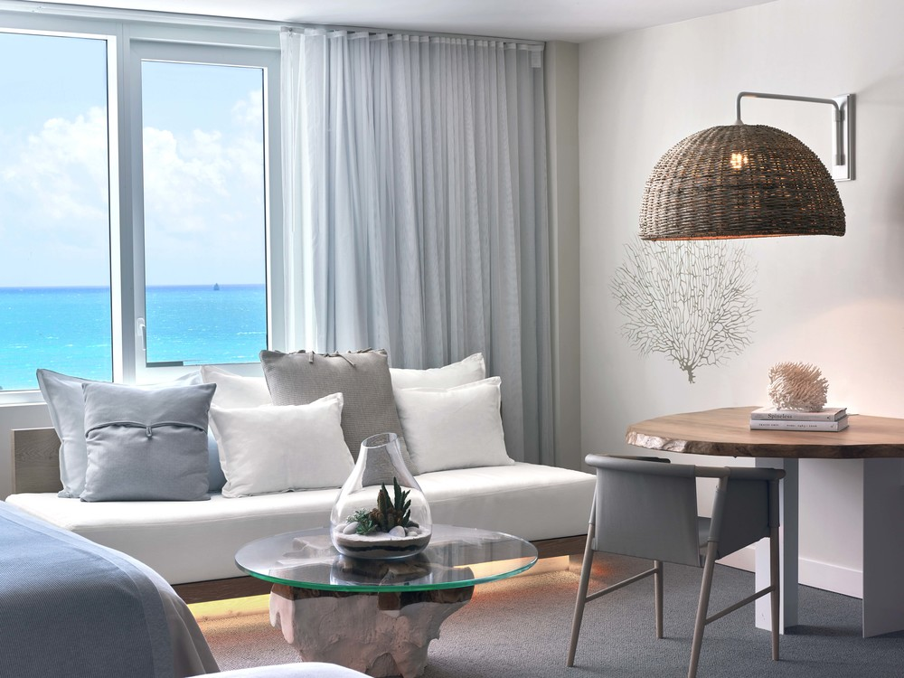 Room - Living Area 3.jpg