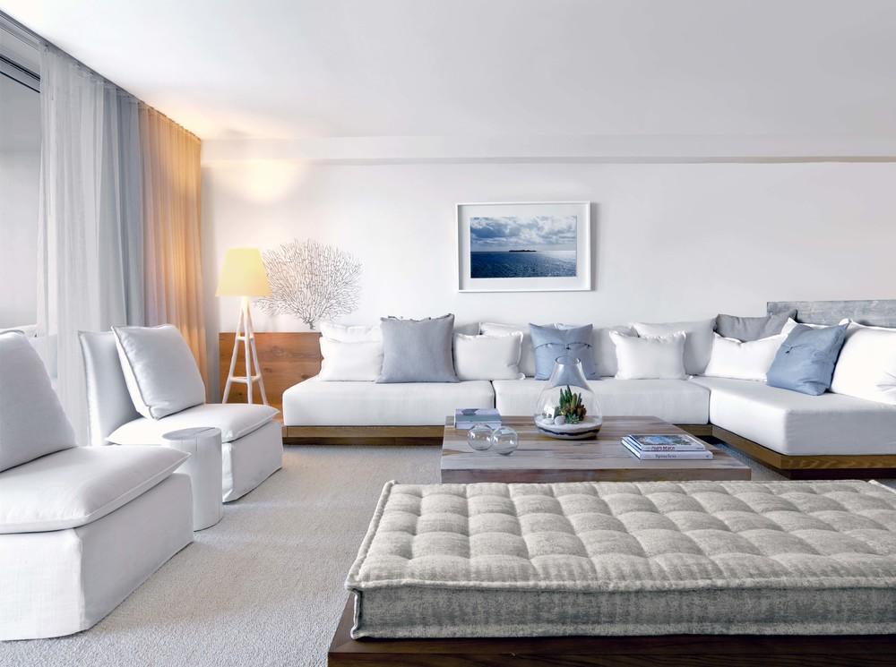 Suite - Living Area 2.jpg