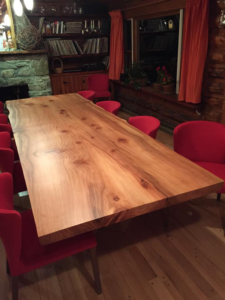 redwood dining table.jpg