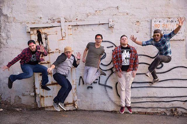 #tbt to one of our all time fav photos 📷: @hughesc7