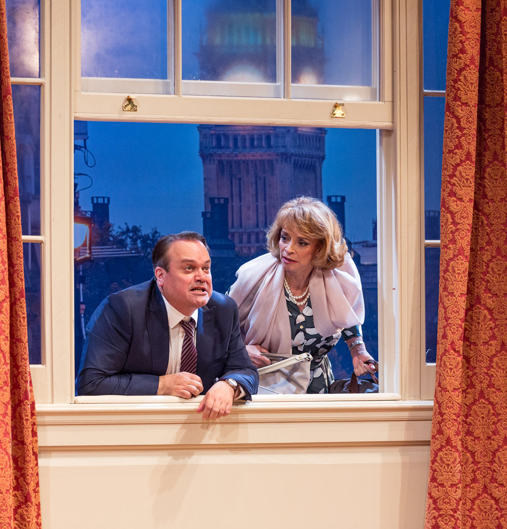 George Pidgen (Shaun Williamson) & Pamela Willey (Sue Holderness).jpg
