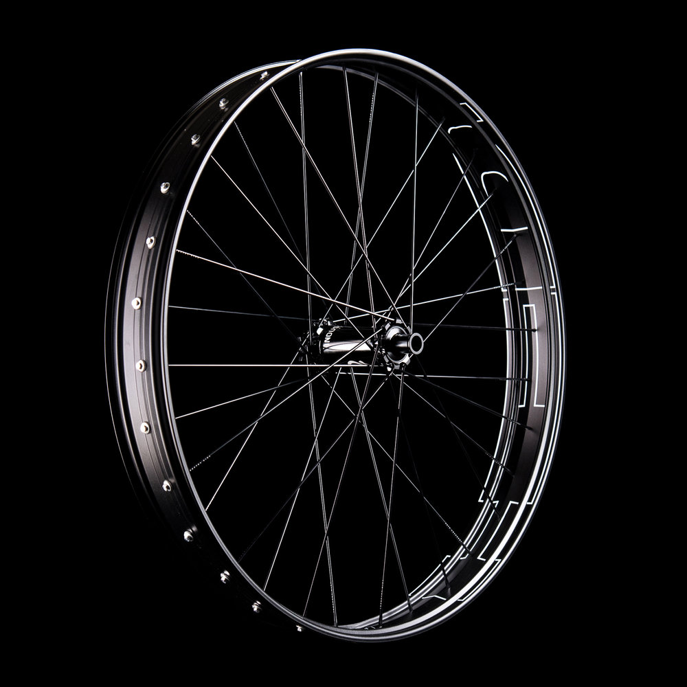 Product - Wheelsets - Plus and Fat - BR760 - Black - 26 - 32h -09 - WEB.jpg