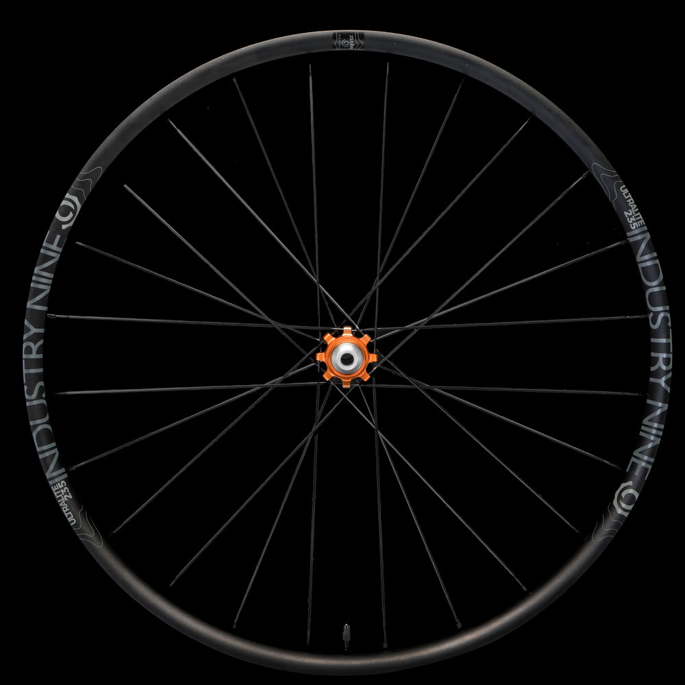 Product - Wheelsets - Road - UL235 - Color - 700C - 32h - Front Wheel.jpg