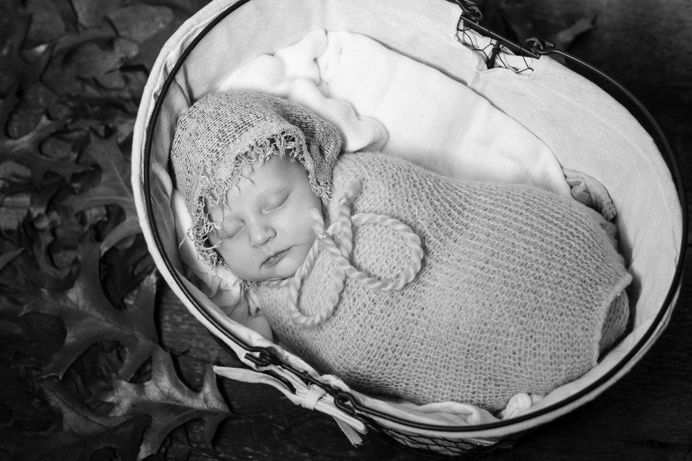 infant-baby-kazphotoworks-6.jpg