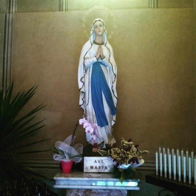 mother mary love divine feminine