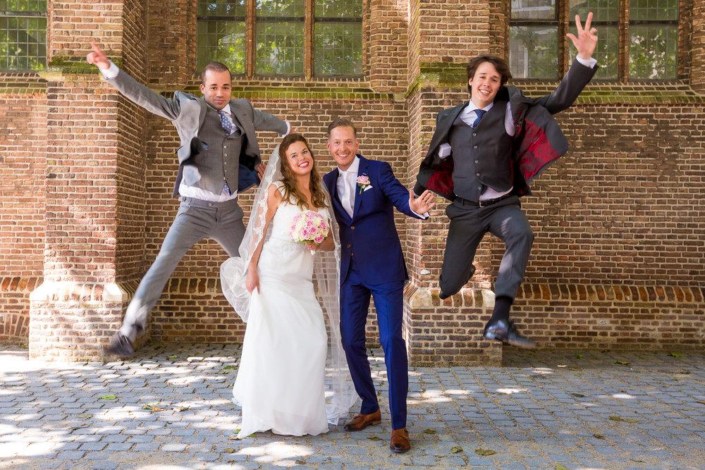 Fun tijdens de groepsfoto's in Den Haag!