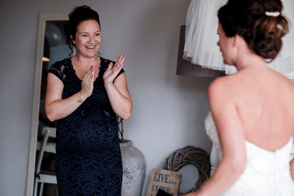 Journalistieke bruidsfotografie spontane reactie