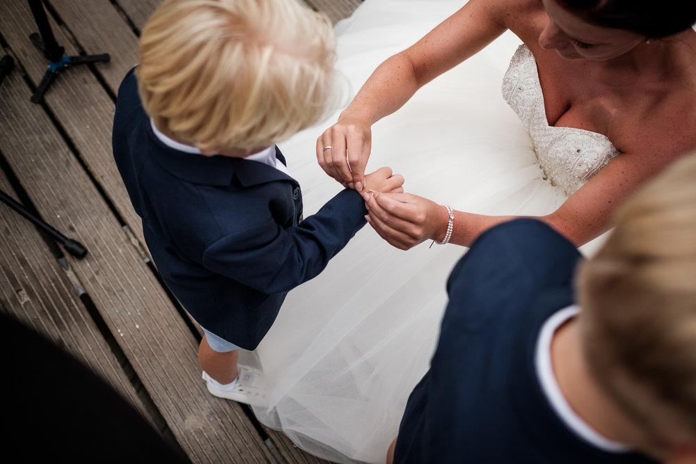 Journalistieke bruidsfotografie Koudekerke ringen