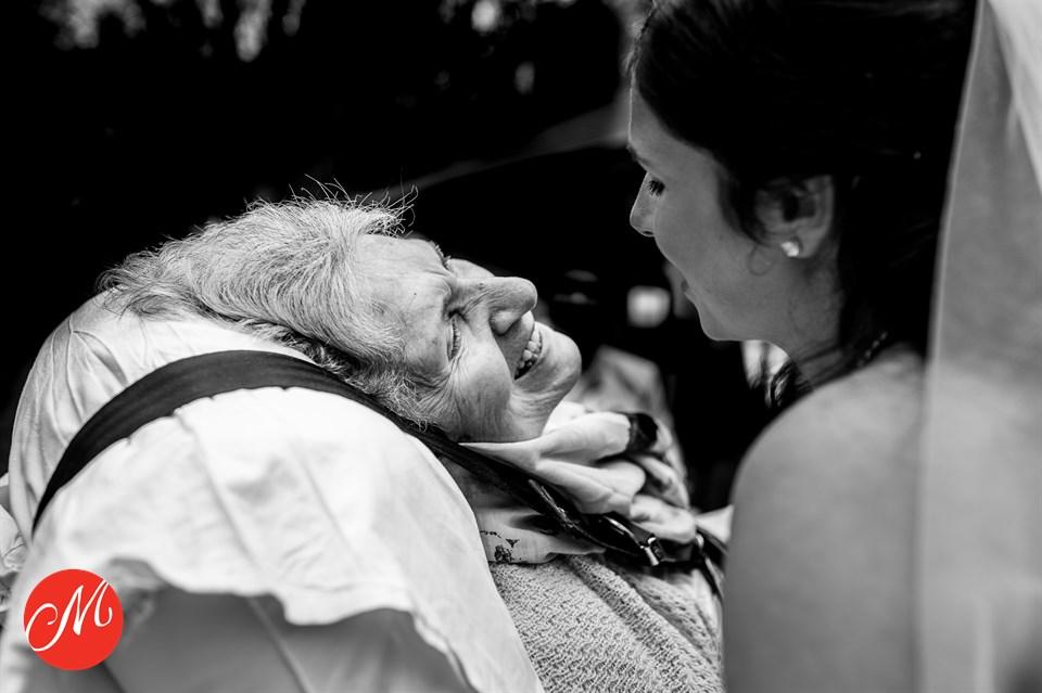 Trouwfoto Peter Geluk bruidsfotografie award oma en kleindochter