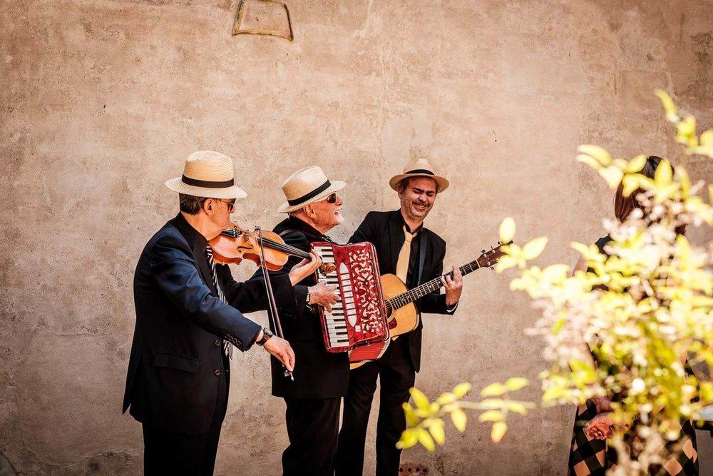 Bruidsfotograaf Toscane Italië muzikanten