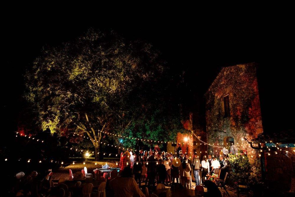 Bruidsfotograaf Toscane Italië feestavond party time