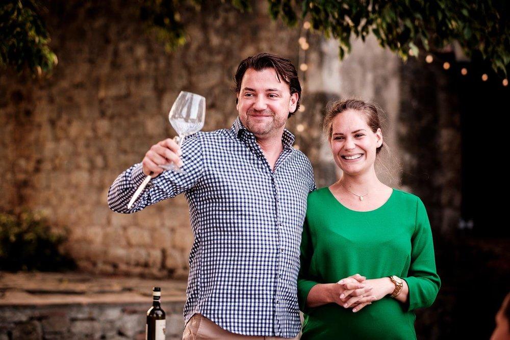 Bruidsfotograaf Toscane Italië Tara en Vincent proost speech