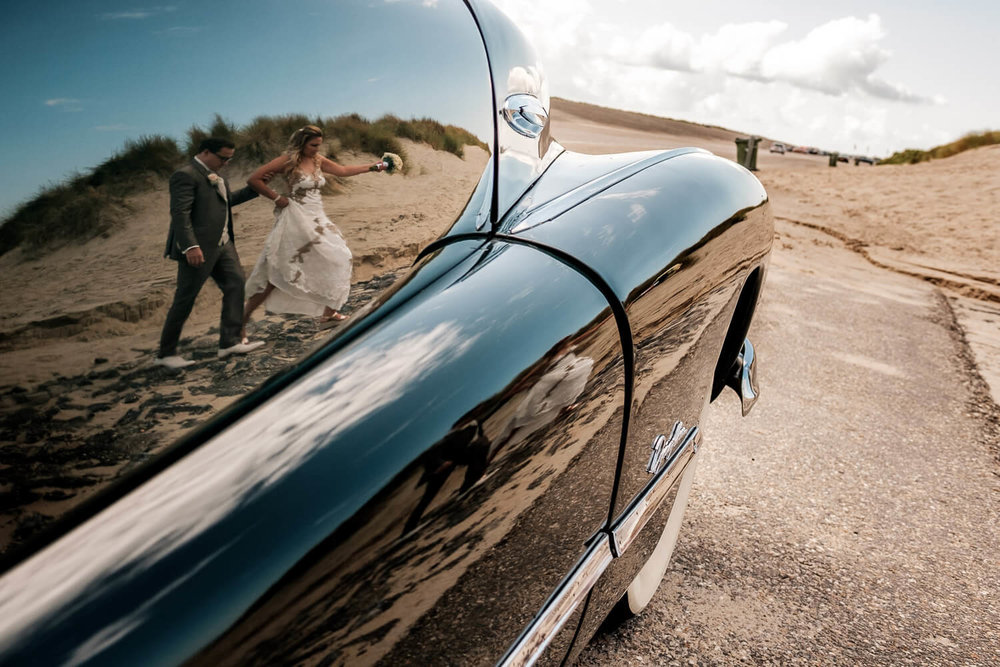 beach wedding car Geluk