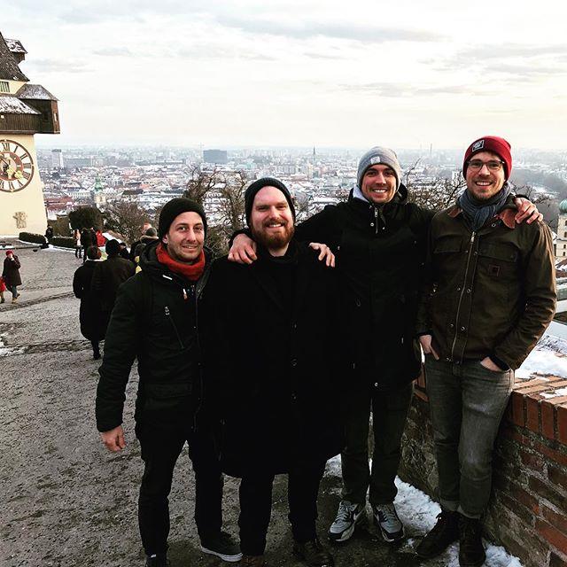 Wir sind in Graz. Schön. Aber kalt! #fuckwinter #wartenaufgodot #schallalala
