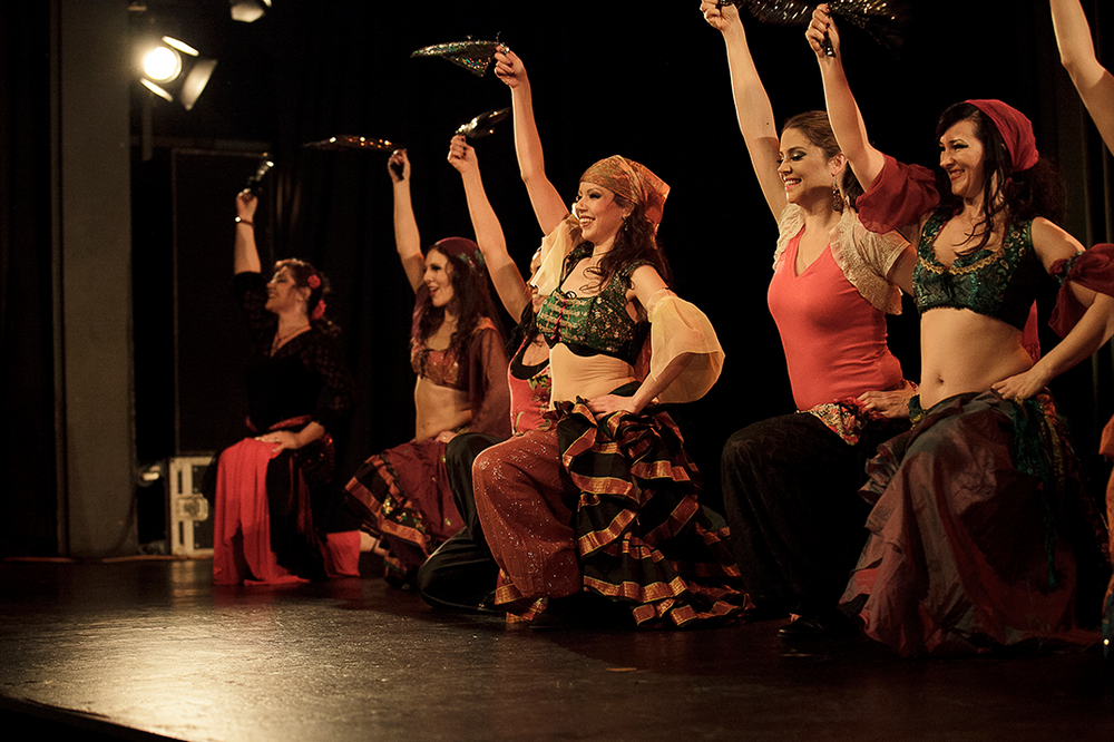 Dabke performed by the Oriental Divas Photo: Roland Soldi