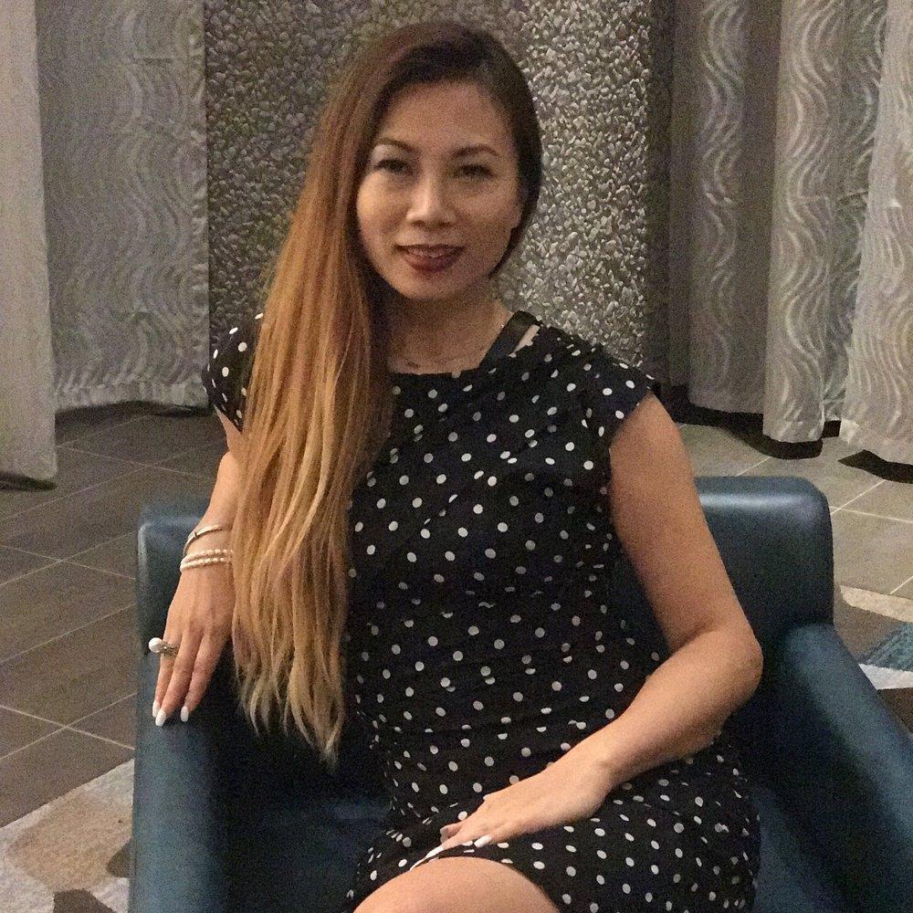 Vera Wang Headshot.jpg