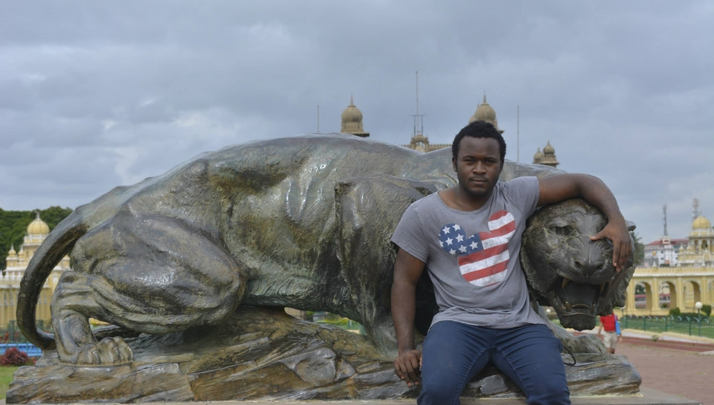 Tolu sightseeing during his summer internship in India