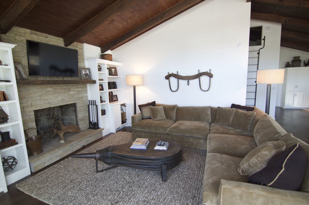 Taub lake family room sectional.jpg