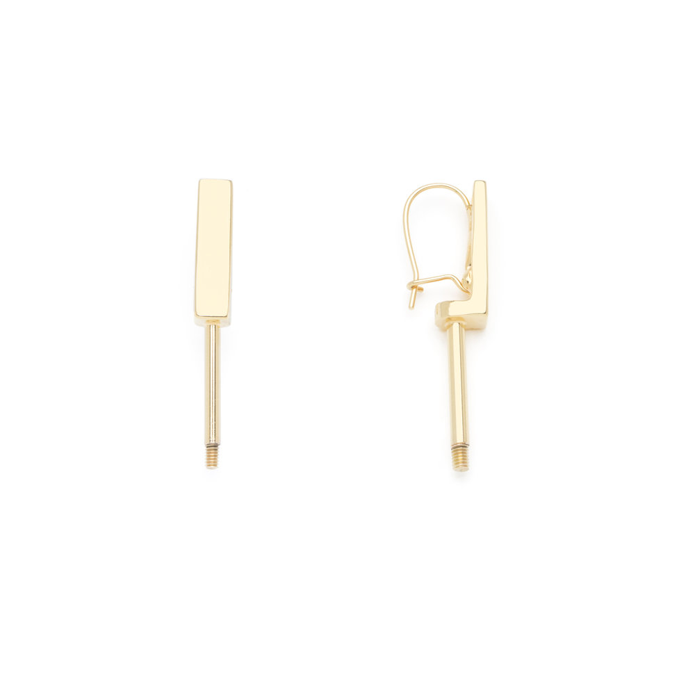 SHORT EARRING GOLD FINISH