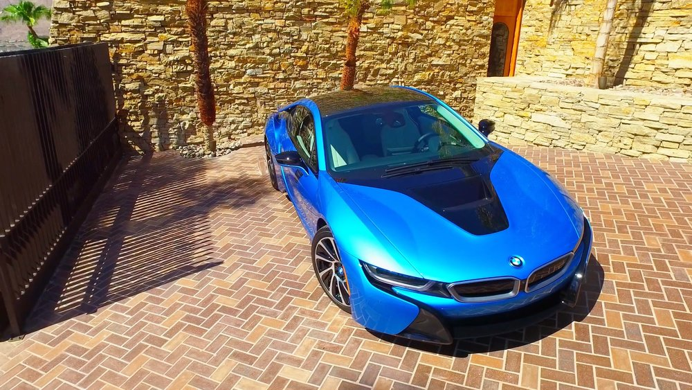 BMW i8 sleeping at 2399 Southridge Drive, Palm Springs, California