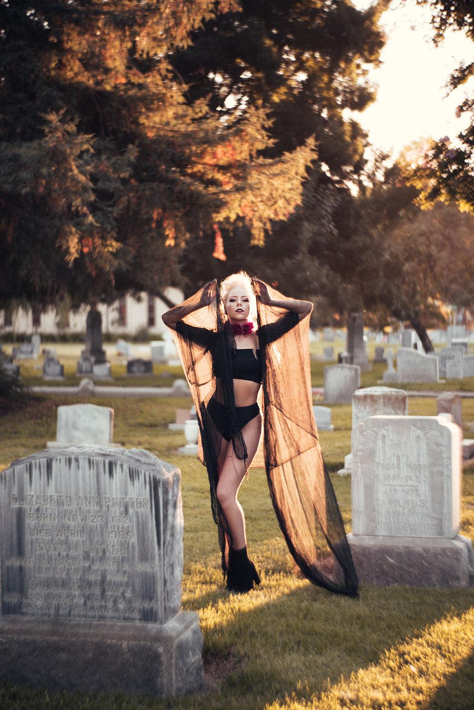 NatVonPhoto-KristenCemetery-2018-20.jpg