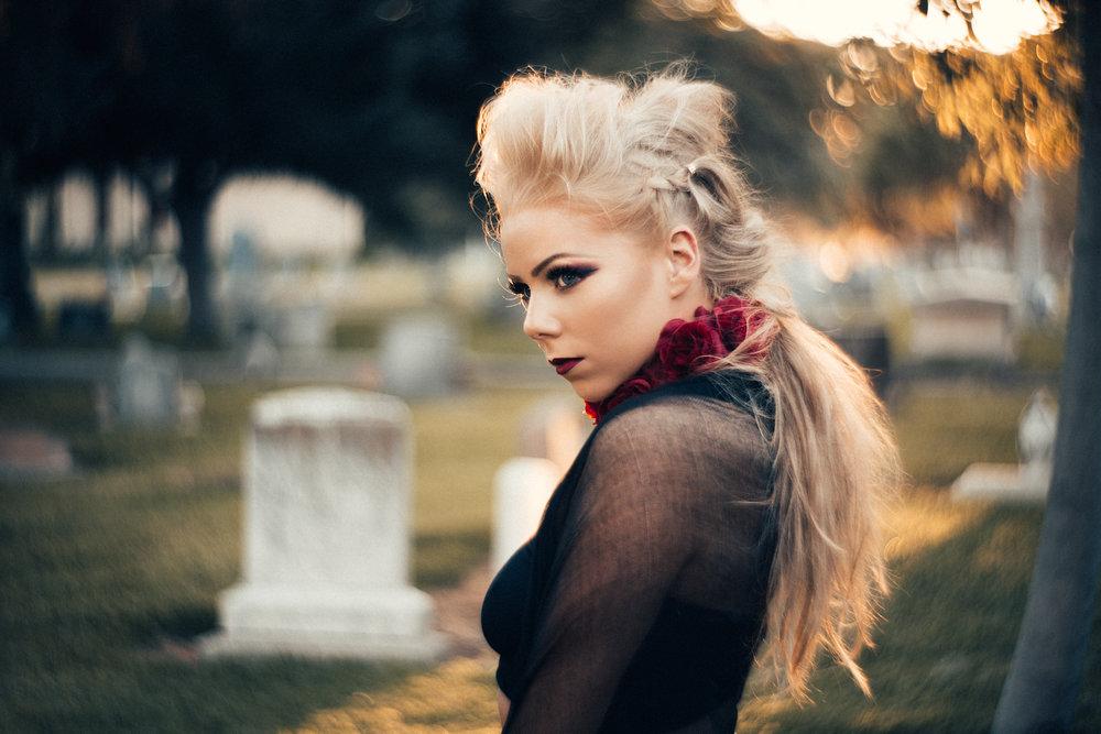 NatVonPhoto-KristenCemetery-2018-22.jpg