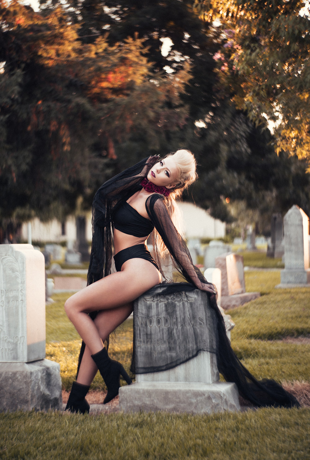 NatVonPhoto-KristenCemetery-2018-24.jpg