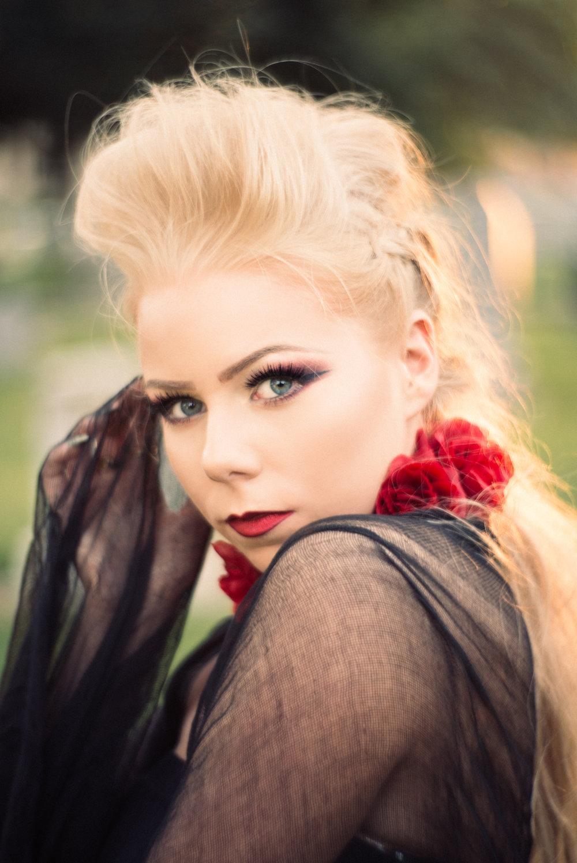 NatVonPhoto-KristenCemetery-2018-28.jpg
