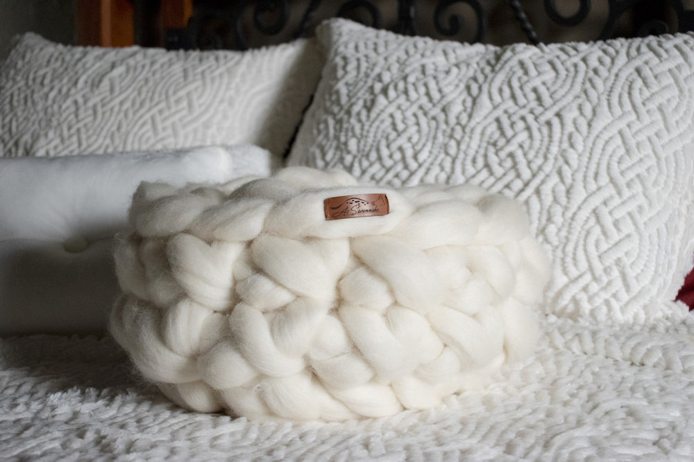 Merino Wool Cat Bed - Pearl