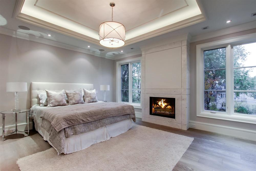 1009 - Parkwood MasterBedroom_2.jpg