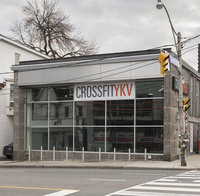 CrossFit-YKV-exterior-.jpg