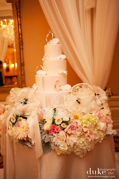 Wedding_CreativeTouchWeddingAccessories_IDoBridalShow_DukePhotography_ButterflyFloral_25.jpg