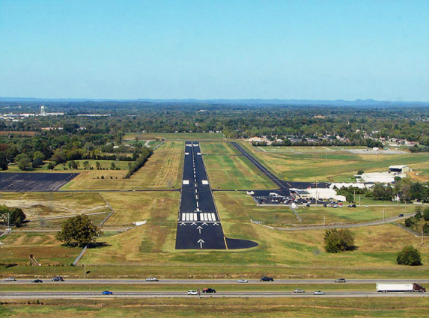 Short final, runway 1, M54.