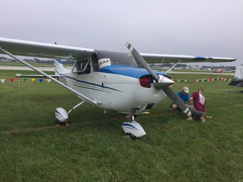 Tying down N7479G