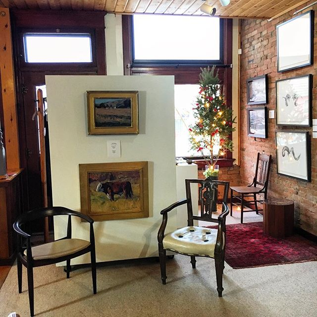 Another Little Vignette 😉#coilaevansgallery . . #herford #cow #bull #ranchlife #ramhorns #shedhunting  #coilaevansartgallery . .  #joetrakimas #jodilightner #cowboychristmas #pleinair #westernartcollector #westernart #westernartist #artgallery #fineart #representationalart #creativeuprising #realism #artcollector #oiloncanvas #fineart #originalart  #farmlife #montana #artistsoninstagram #drawing #drawingoftheday #sketchbook