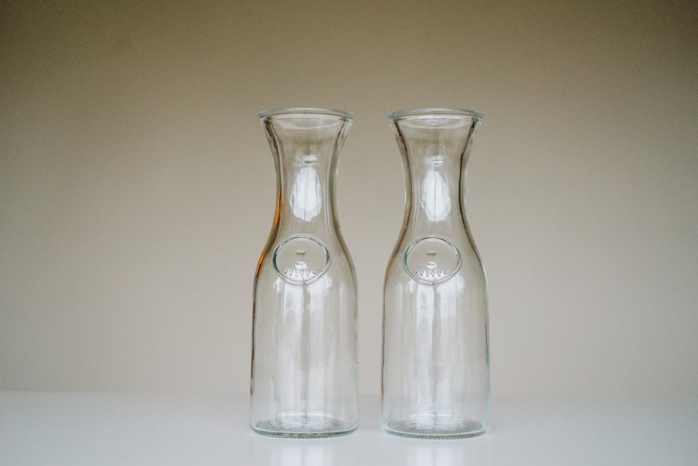 GLASS CARAFES